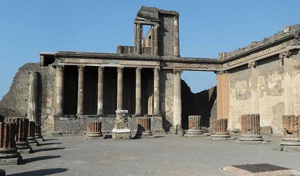 базилика в Помпеях. Автор24 — интернет-биржа студенческих работ