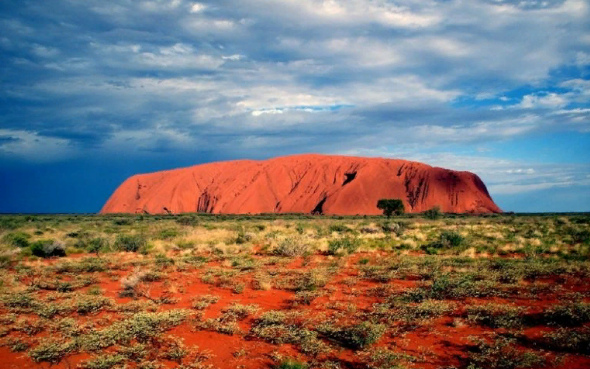 Красная пустыня Австралии. Автор24 — интернет-биржа студенческих работ