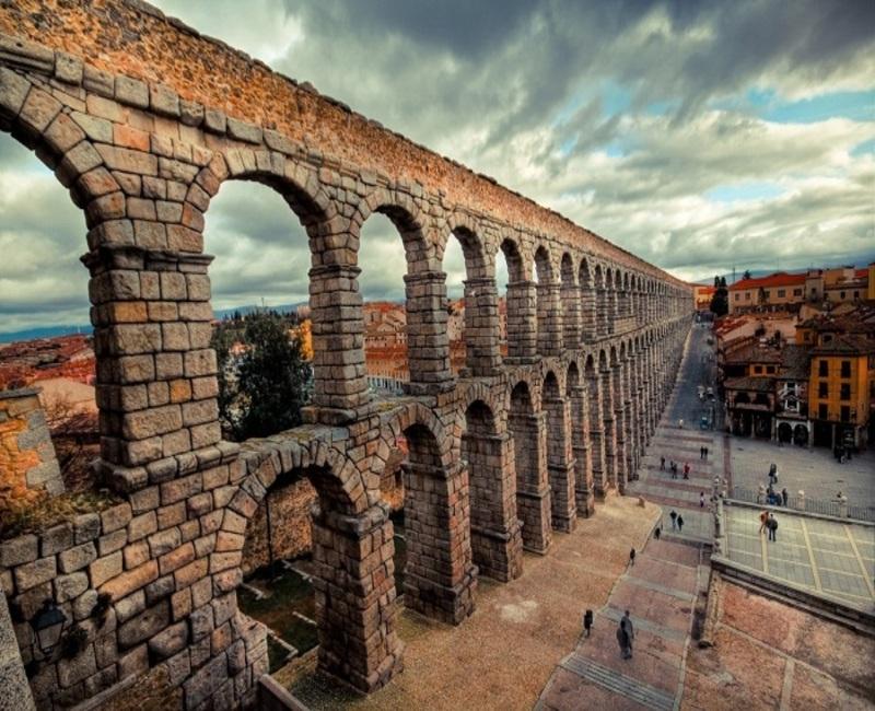 Архитектура древнеримского акведука. Автор24 — интернет-биржа студенческих работ