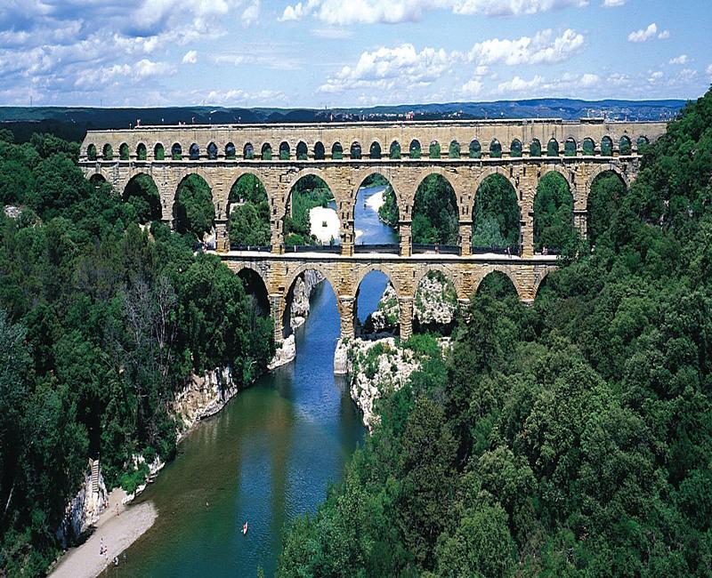 Древнеримский акведук. Автор24 — интернет-биржа студенческих работ